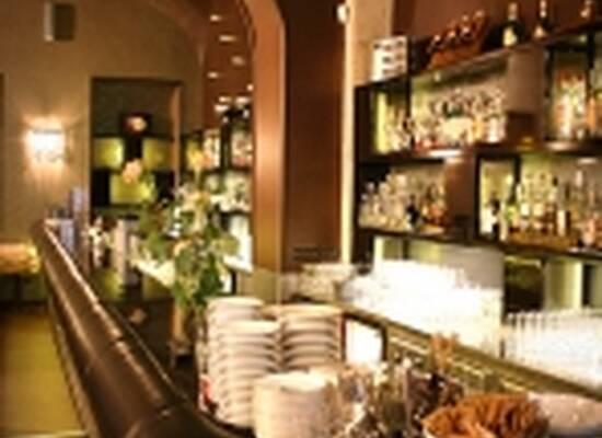 Fresco Liszt Cafe & Lounge