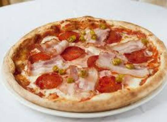Szimpátia Söröző-Pizzéria