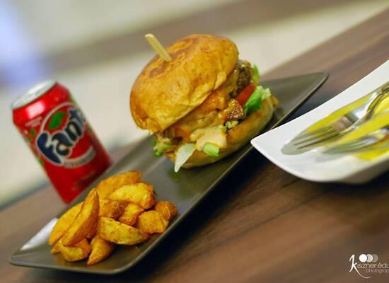 Burger House Lurdy Ház