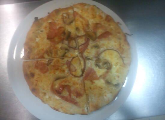 Ősbudavár Pizzéria és Drinkbár
