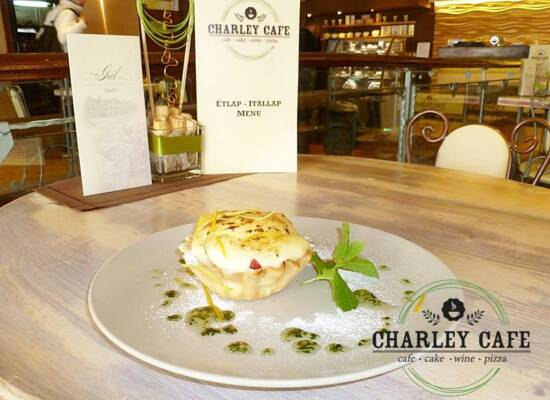 Charley Cafe