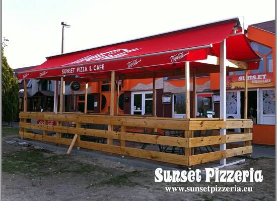 Sunset Pizzéria és Kávézó
